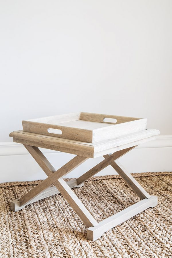 Soleil table with tray