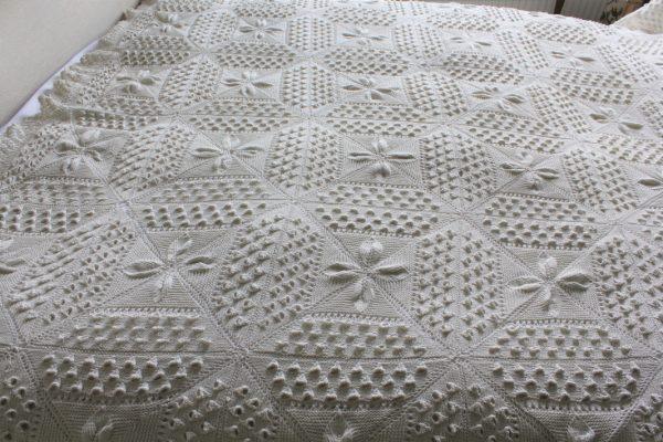 Vintage crochet bedcover detail